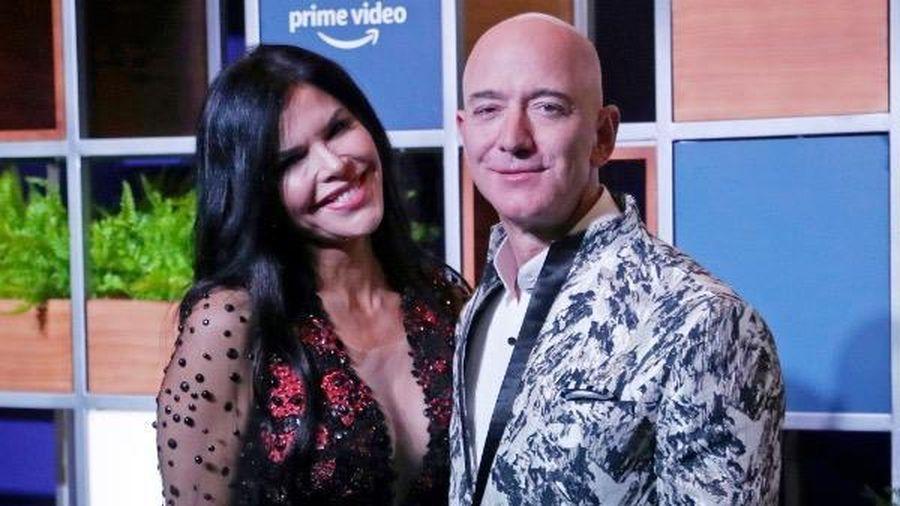 Sau bê bối ảnh khỏa thân, tỷ phú Jeff Bezos đòi anh ruột bạn gái trả 1,7 triệu USD phí pháp lý