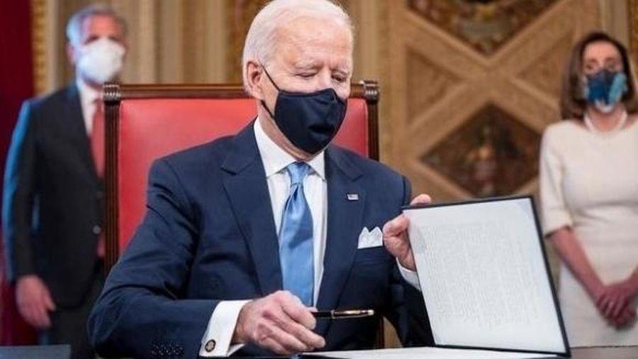 Thông báo tạm hoãn các dự án khoan dầu trên các vùng đất và vùng biển liên bang, Joe Biden tuyên chiến với nhiên liệu hóa thạch