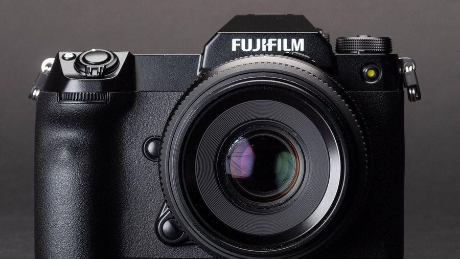 Fujifilm GFX 100S ra mắt; Cảm biến 102MP trong thân hình nhỏ gọn