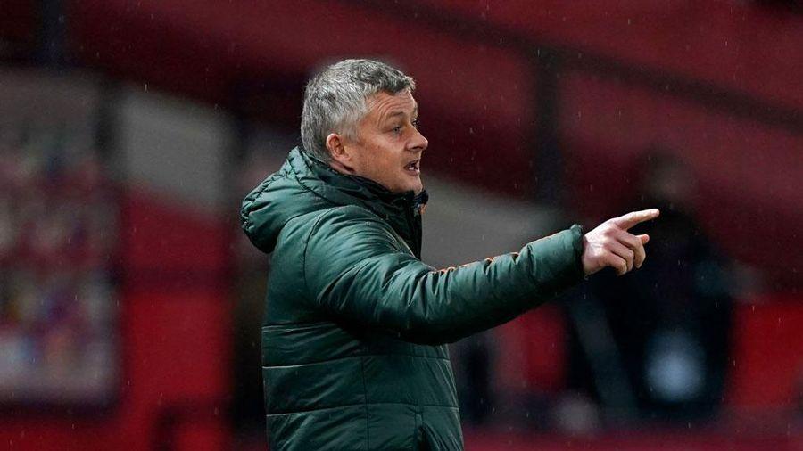 M.U thua đội bét bảng, HLV Solskjaer chỉ trích trọng tài
