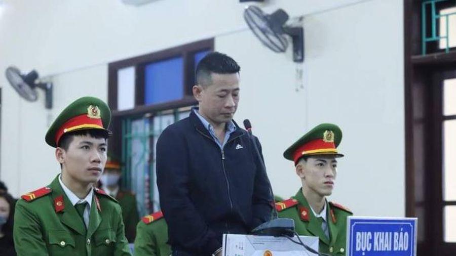 Nghệ An: Con rể cũ vác dao bầu truy sát gia đình mẹ vợ khiến 2 người tử vong
