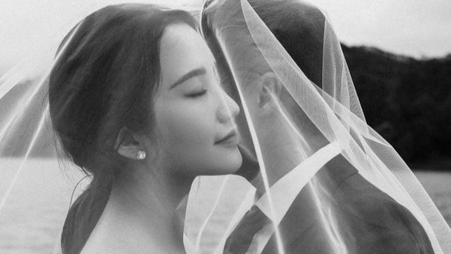 Mẹ Primmy Trương hồi hộp khi con gái sắp lên xe hoa, thời gian đám cưới cũng được hé lộ