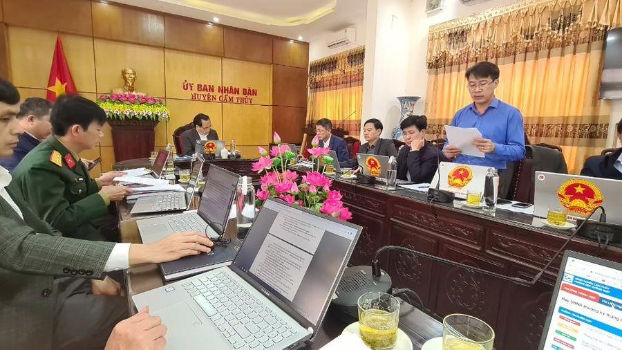 Huyện Cẩm Thủy triển khai ứng dụng 'Phòng họp không giấy'