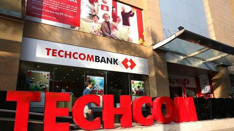 Techcombank báo lãi vượt kế hoạch, dòng tiền thuần âm hơn 10.000 tỷ