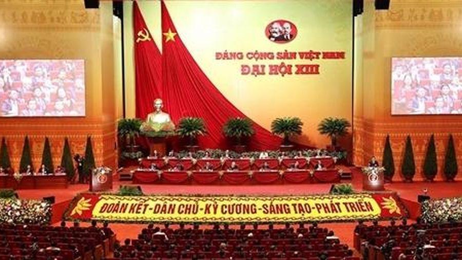 Hôm nay, Đại hội XIII của Đảng nghe báo cáo về công tác nhân sự
