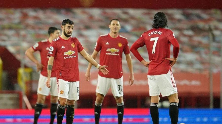 Kết quả Ngoại hạng Anh: Thua sốc đội cuối bảng, Man Utd mất ngôi đầu