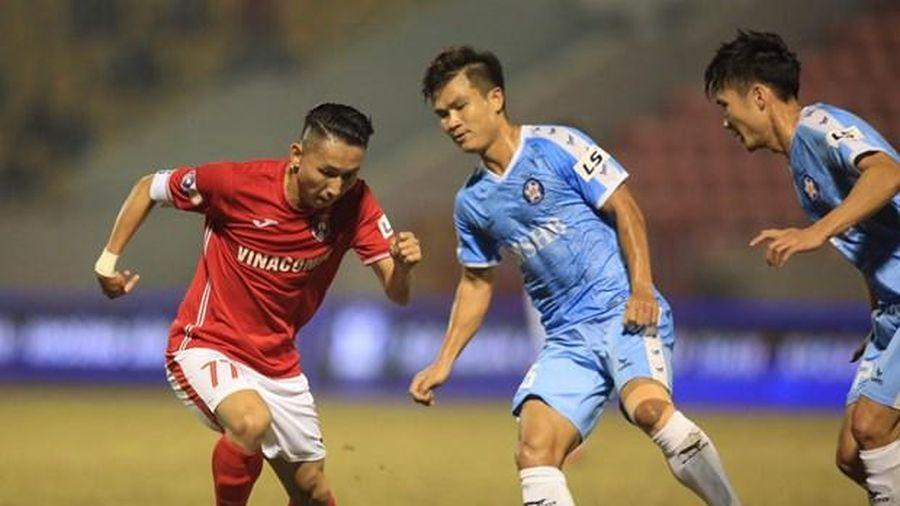 Hoãn trận đấu Quảng Ninh - thành phố Hồ Chí Minh ở vòng 3 V-League vì dịch Covid-19