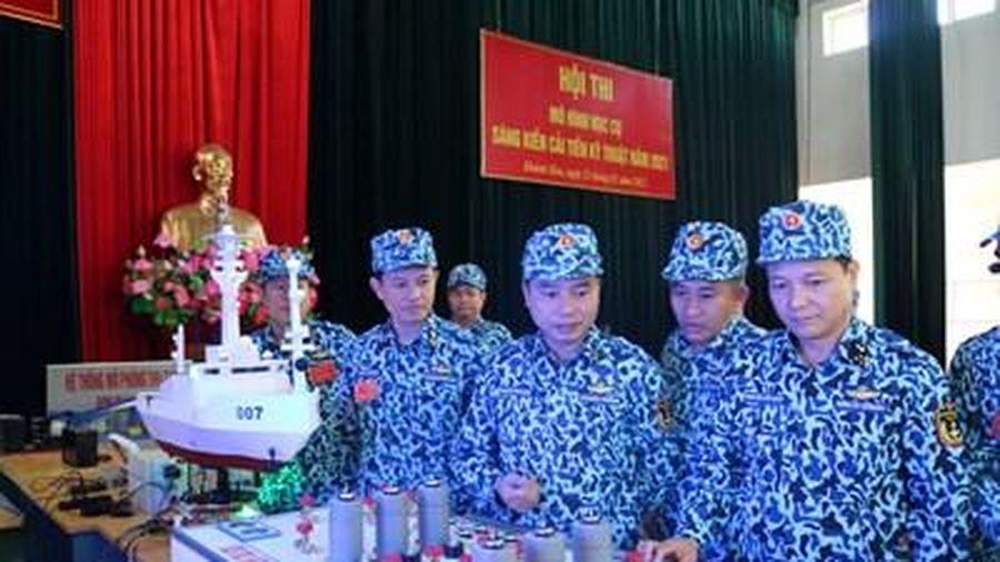 Hội thi mô hình học cụ, sáng kiến cải tiến kỹ thuật tại Lữ đoàn Tàu ngầm 189 Hải quân