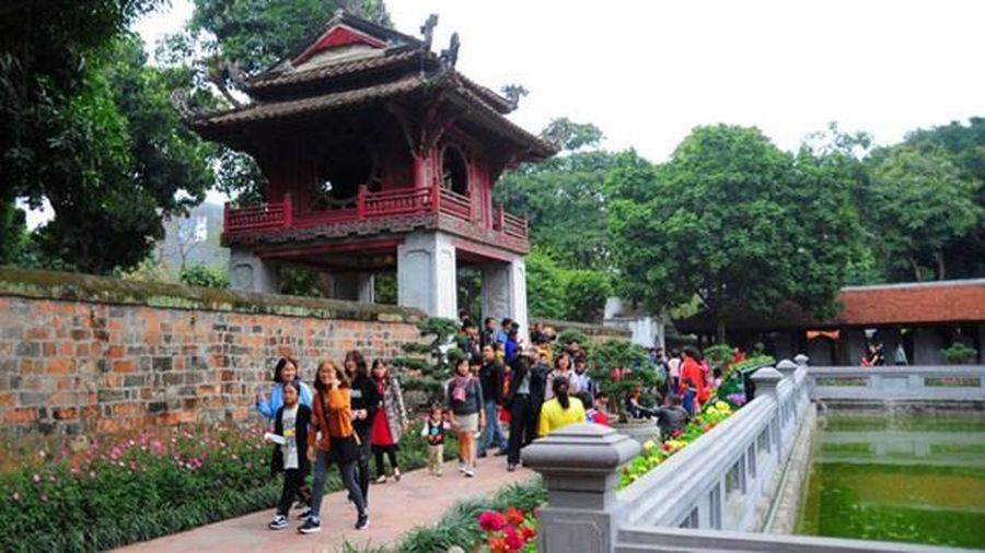 Hà Nội đón gần 123 nghìn lượt khách trong dịp Tết