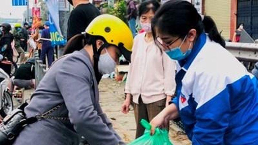 Tuổi trẻ Thủ đô hỗ trợ tiêu thụ trên 122 tấn nông sản giúp người dân Hải Dương