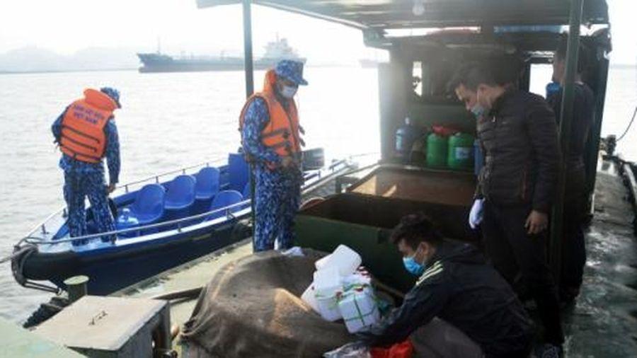 Hải Phòng: Cảnh sát biển tạm giữ 20 nghìn lít dầu DO không rõ nguồn gốc