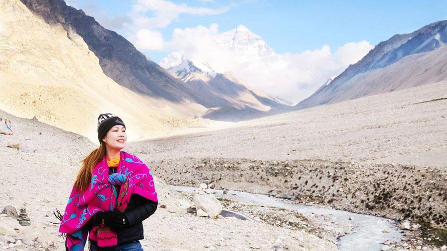 'Nhìn' Everest qua 'lăng kính' của Di Li