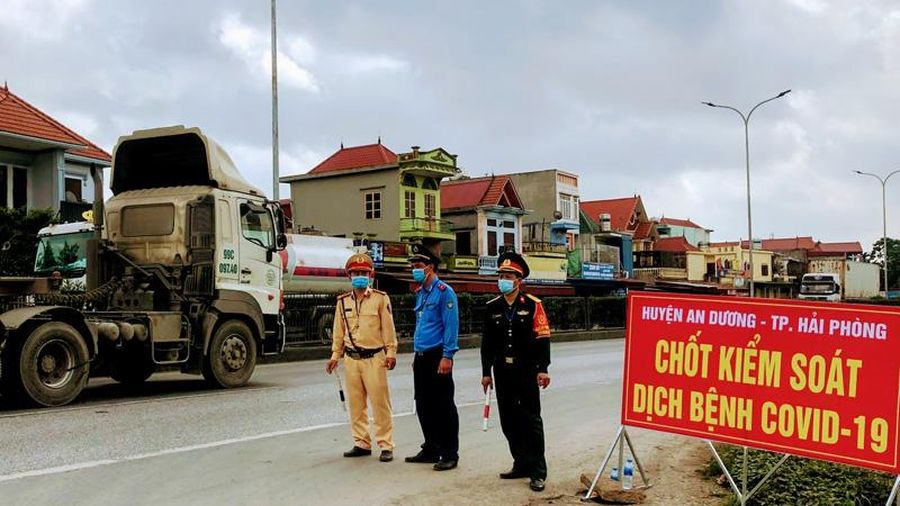 Từ 20 giờ ngày 24-2, các phương tiện bảo đảm yêu cầu chống dịch được đi qua quốc lộ 5