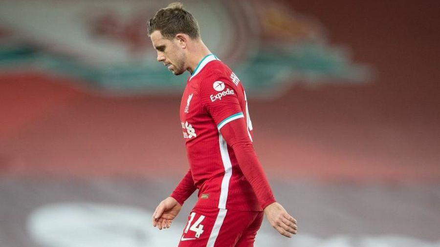 Liverpool nhận thông tin sốc về đội trưởng Jordan Henderson