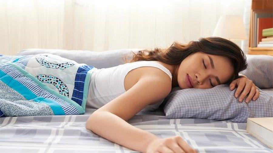 Tư thế ngủ thông dụng này gây hại cho cơ thể nhưng nhiều người không biết