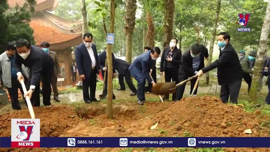 Tết trồng cây tại nơi ra đời Trường Đảng Nguyễn Ái Quốc