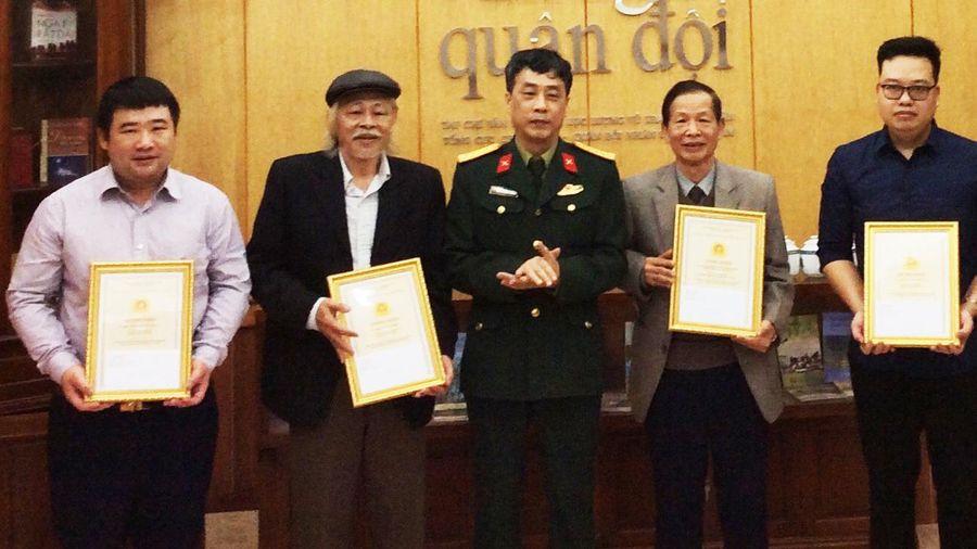 Quảng Ninh có 2 tác giả được tặng thưởng tác phẩm xuất sắc về chủ đề 'Học tập và làm theo tư tưởng đạo đức phong cách Hồ Chí Minh'