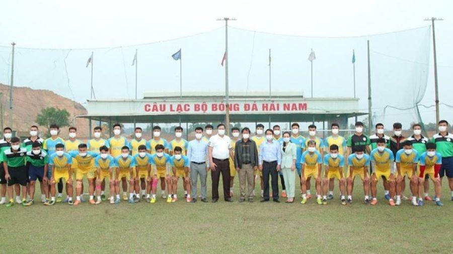 Thành phố Vĩnh Yên đồng hành cùng sự phát triển cho CLB bóng đá Hải Nam