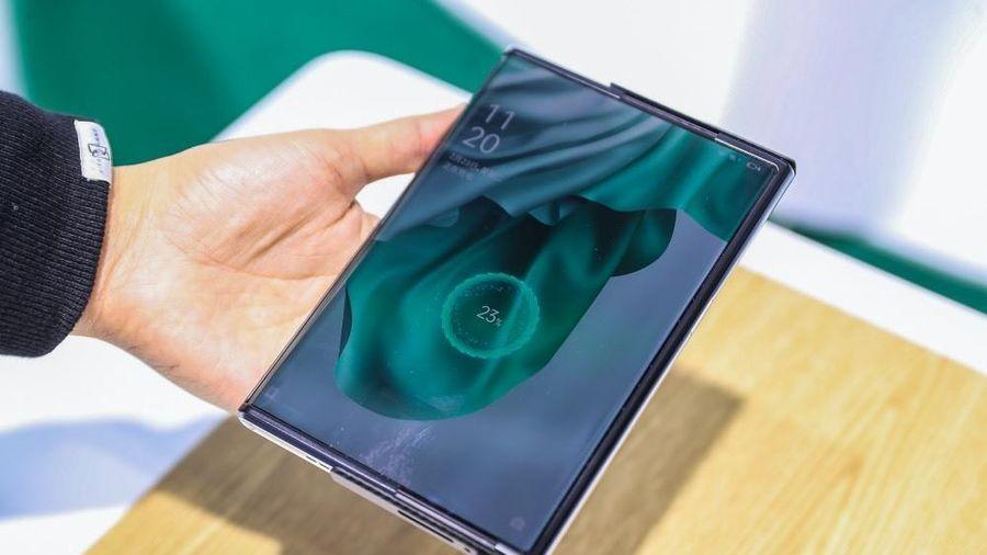 Điện thoại Oppo có thể sạc pin qua không khí