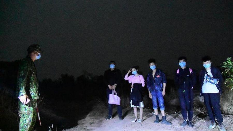 Nhóm người Trung Quốc vượt biên trái phép bị bắt