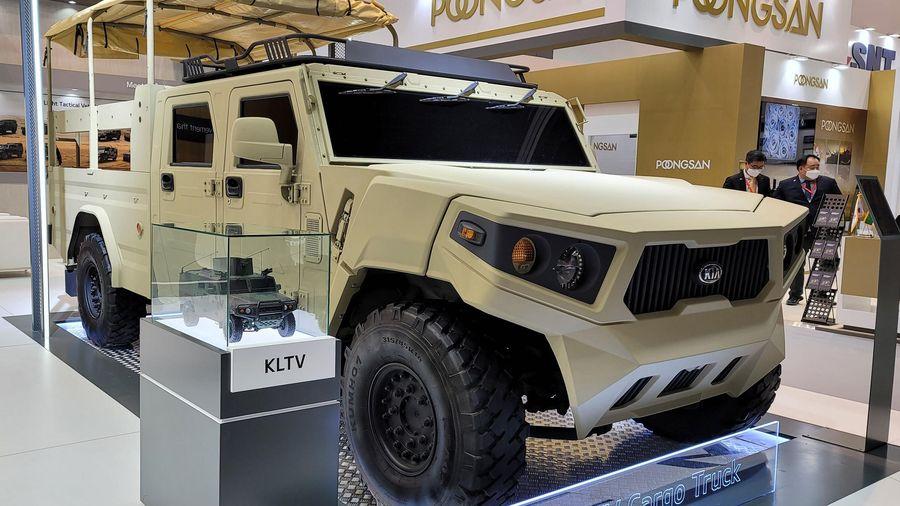 Kia ra mắt xe quân sự LTCT
