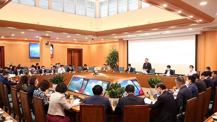 Tập thể UBND TP Hà Nội họp, xem xét nhiều nội dung quan trọng