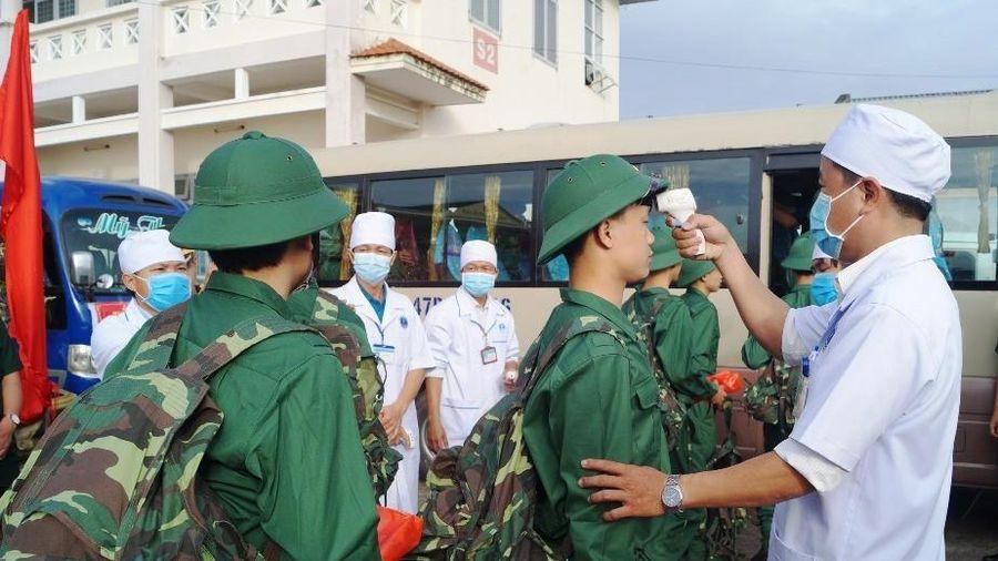 Bảo đảm các biện pháp phòng, chống dịch COVID-19 tại lễ giao quân