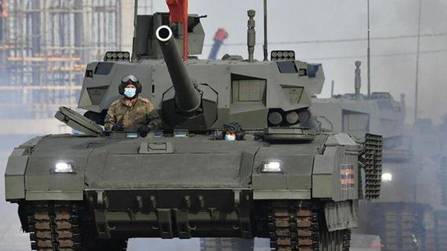 Siêu tăng Nga 'tự chọn mục tiêu' mà không cần tổ lái