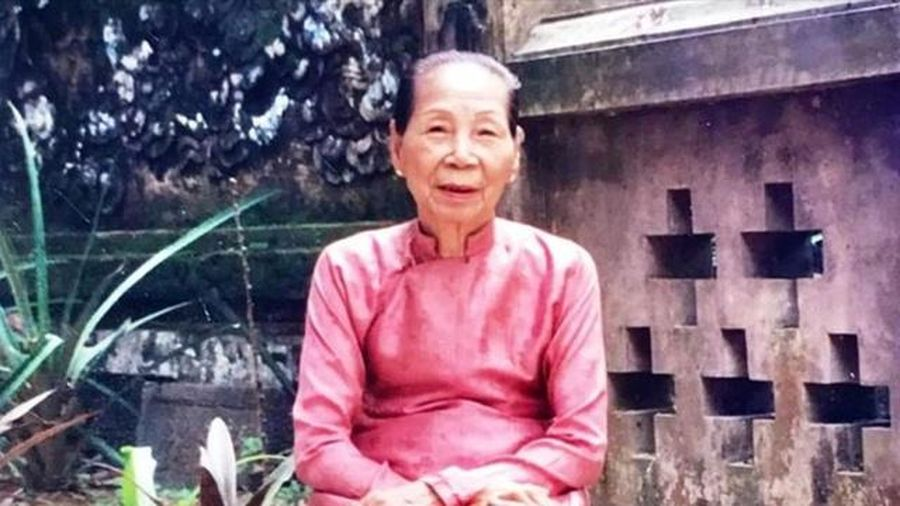 Hình ảnh thời trẻ hiếm hoi của bà Lê Thị Dinh, cung nữ cuối cùng triều Nguyễn