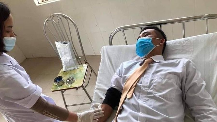 Sơn La: Trung úy CSGT kịp thời hiến máu cứu người