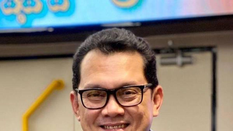 Bị nghi 'đá xéo' Sơn Tùng M-TP, NSƯT Hữu Châu lên tiếng làm rõ