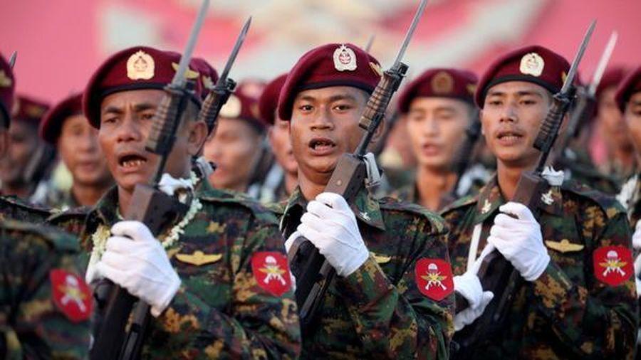 Quân đội Myanmar chính thức bị Facebook 'cấm cửa'