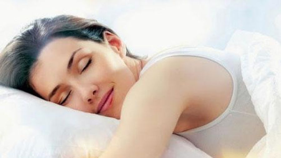 Sau 1 ngày làm việc căng thẳng làm sao để ngủ ngon?