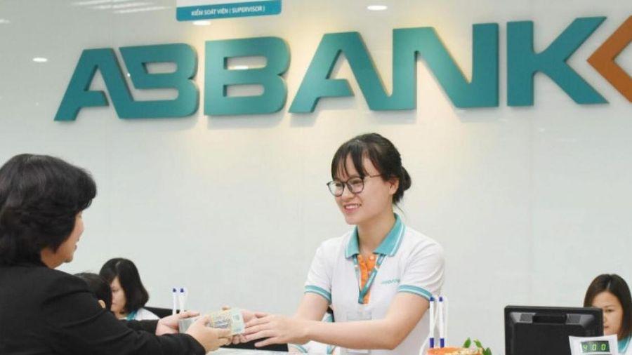 ABBank vừa lên sàn, con ruột trưởng ban kiểm soát bán tất tay cổ phiếu