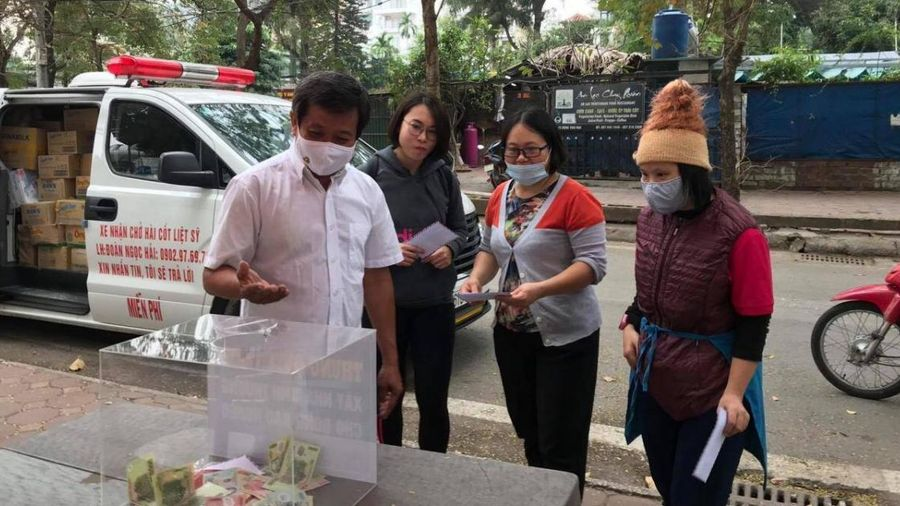 5 tiếng ở Hà Nội, ông Đoàn Ngọc Hải quyên góp tiền xây nhà cho người nghèo