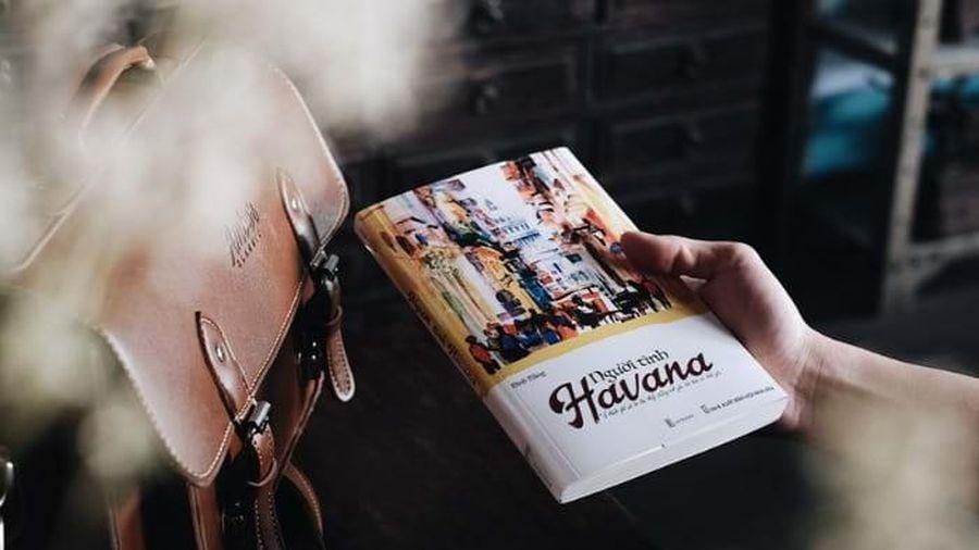 Blogger du lịch Đinh Hằng ra mắt du ký - tự truyện mới: 'Người tình Havana'