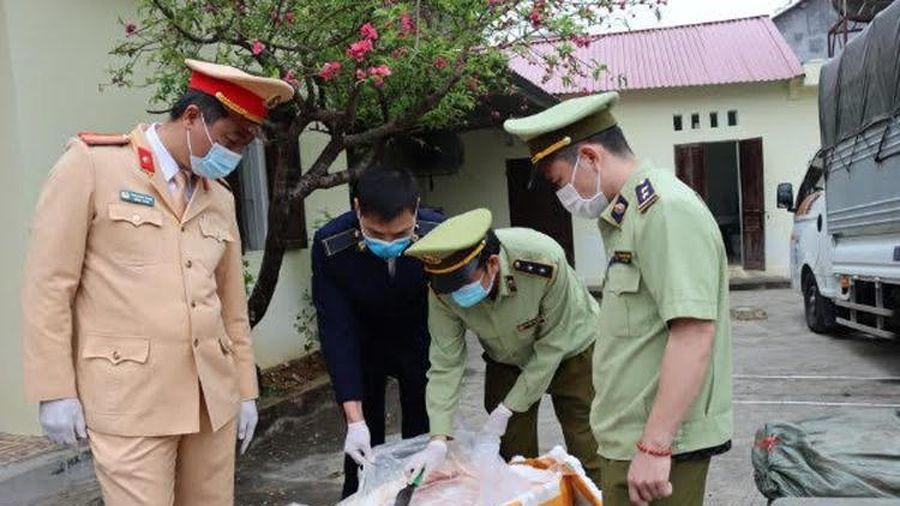 Lực lượng quản lý thị trường Lạng Sơn bắt giữ 2,5 tấn nầm lợn đông lạnh