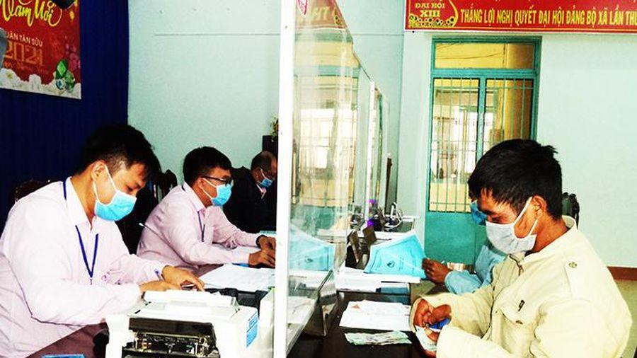 Ngân hàng Chính sách xã hội huyện Khánh Sơn: Tập trung cho vay vốn phục vụ sản xuất