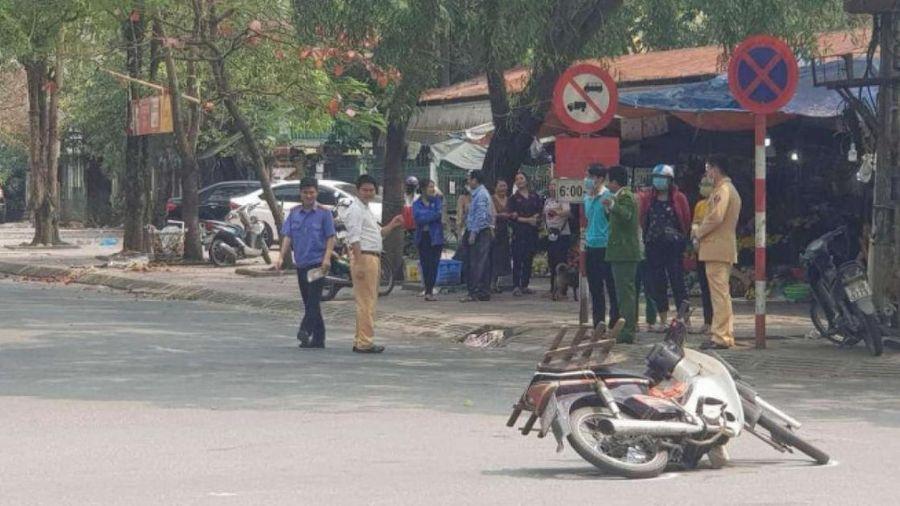 Người đàn ông tử vong sau va chạm xe máy tại ngã tư ở thành phố Hà Tĩnh
