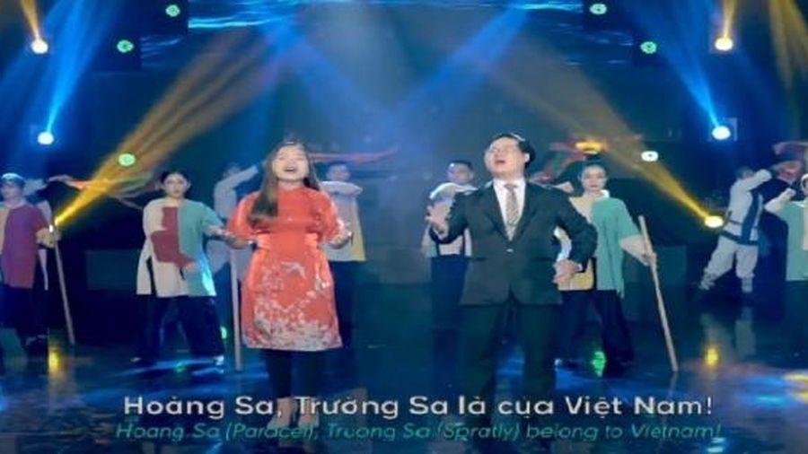 Du học sinh Việt làm MV 'Hoàng Sa và Trường Sa là của Việt Nam'