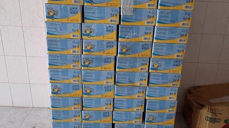 Trà Vinh: Tạm giữ trên 2.300 hộp sữa có dấu hiệu xâm phạm quyền nhãn hiệu 'Grow plus'