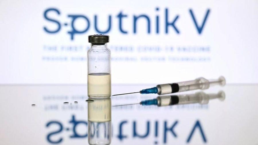 Chính phủ Nga đã giảm một nửa giá bán tối đa vaccine 'Sputnik V'