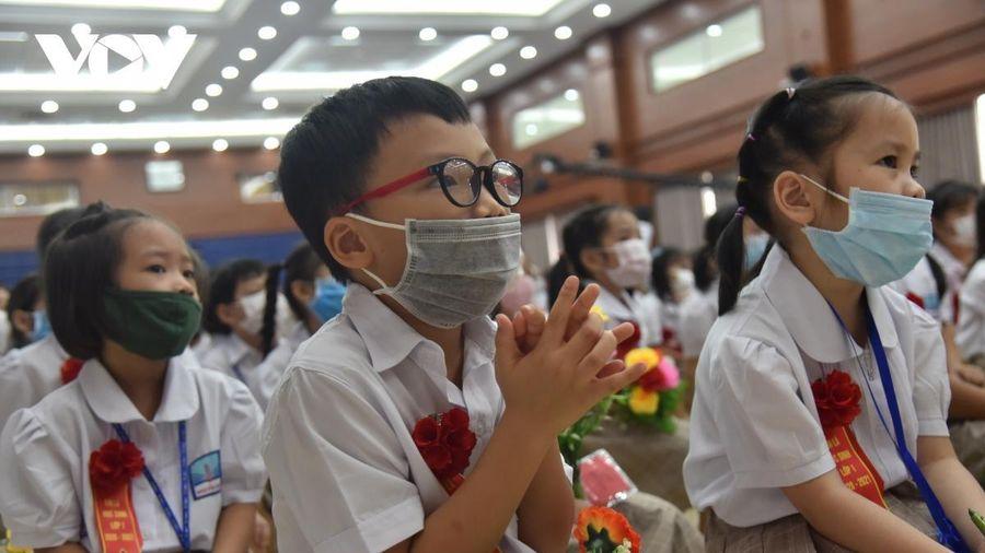 Hà Nội dự kiến cho học sinh đi học từ 2/3