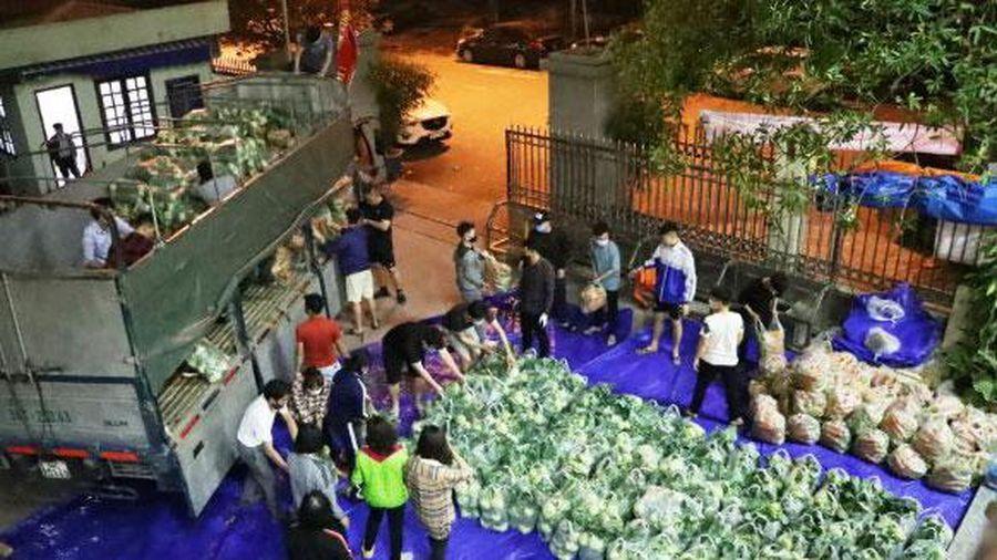 Chung tay hỗ trợ nông dân tiêu thụ nông sản