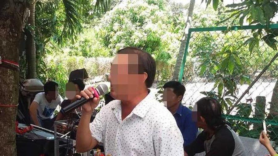 Chủ tịch TP.HCM chỉ đạo xử lý 'hung thần' karaoke tự phát