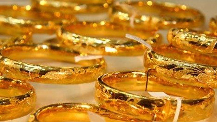 Những nguyên nhân nào khiến giá vàng giảm mạnh?
