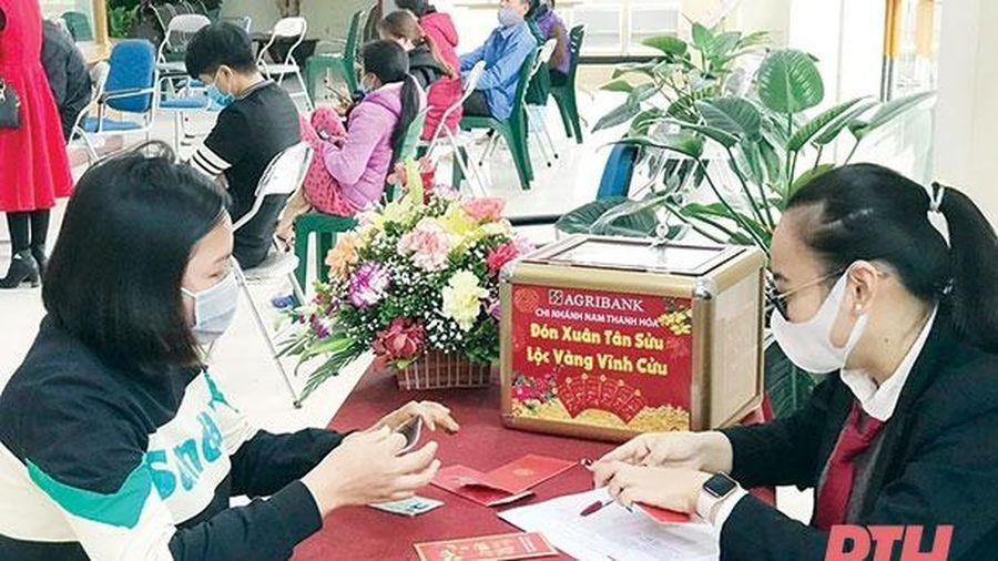 Agribank Nam Thanh Hóa đẩy mạnh thu hút vốn ngay từ những ngày đầu năm