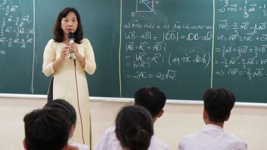Loạt quy định quan trọng về giáo dục, cách xếp lương cho giáo viên hiệu lực từ tháng 3/2021