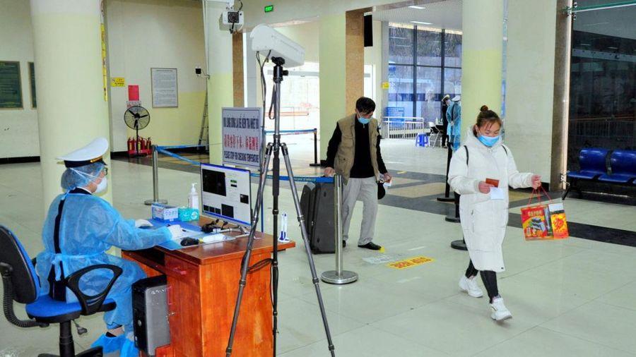 Thêm 1 ca nhập cảnh tại Tây Ninh nhiễm Covid-19, hơn 76.000 người đang cách ly