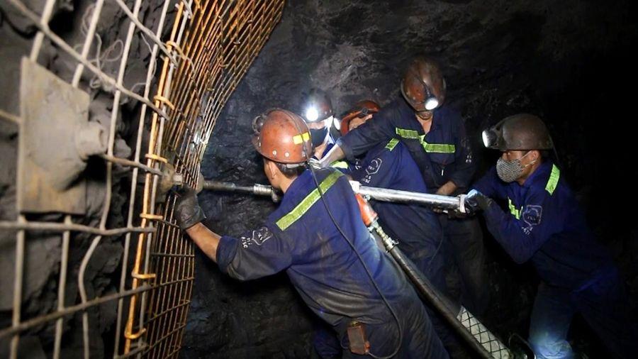 Gìn giữ và phát huy văn hóa thợ mỏ trong thời kỳ mới